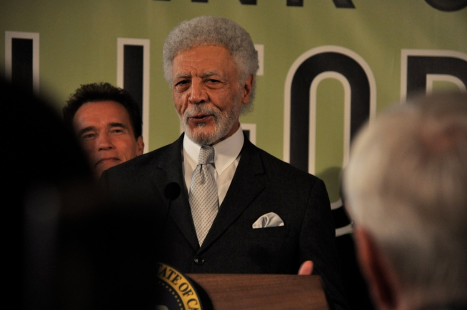 Dellums Opts Out of Promised Pay Cut