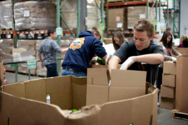 Volunteer with the San Francisco and Marin Food Banks