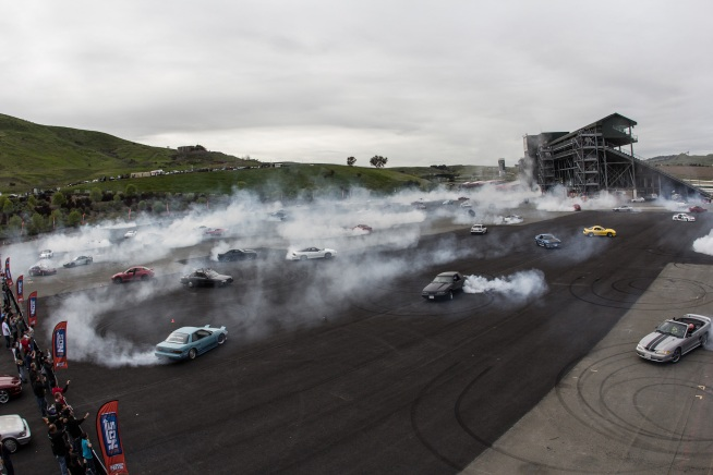 Most Cars Doing Donuts Record Broken in Sonoma