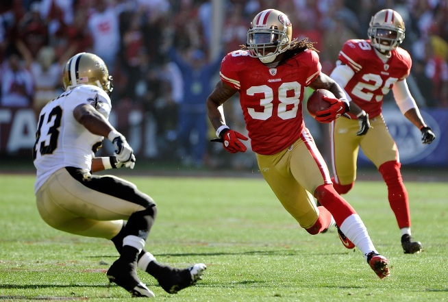 Dashon Goldson To Play for 49ers, Short Term