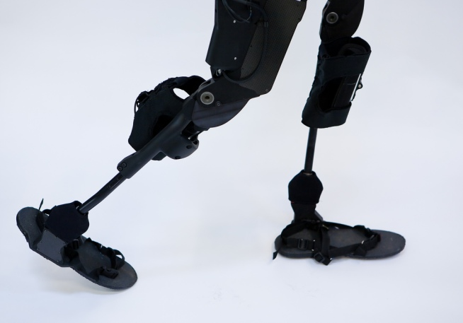 New Device Lets Paralyzed Walk Again