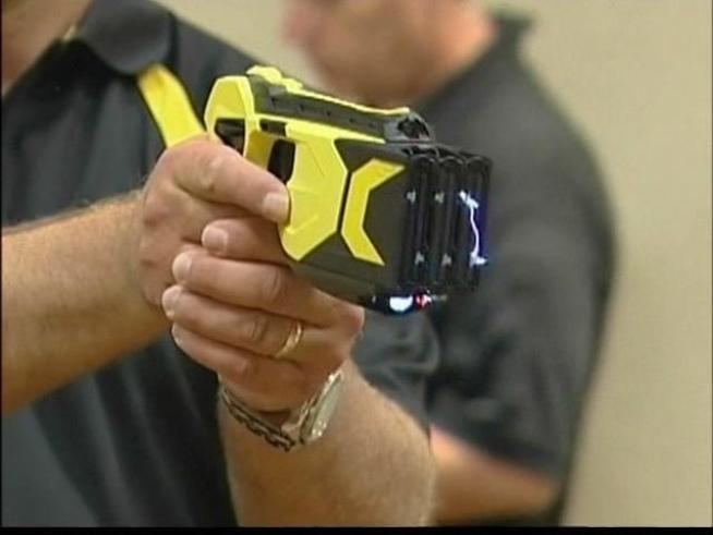 Off-Duty Deputy Zapped With Taser Gets $300K