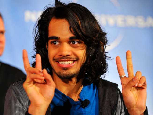 "Ex-""Idol"" Sanjaya To Make Stage Debut"
