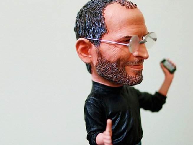 Apple Bobblehead Takes a Bite Out of the Budget