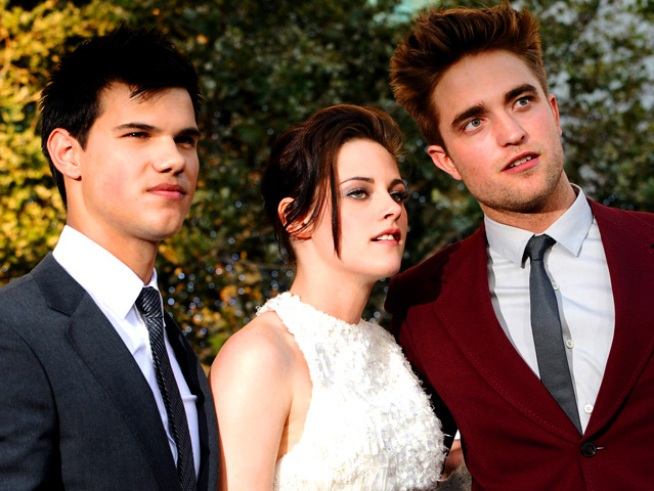 "Stars Turn Out for ""The Twilight Saga: Eclipse"" Premiere"