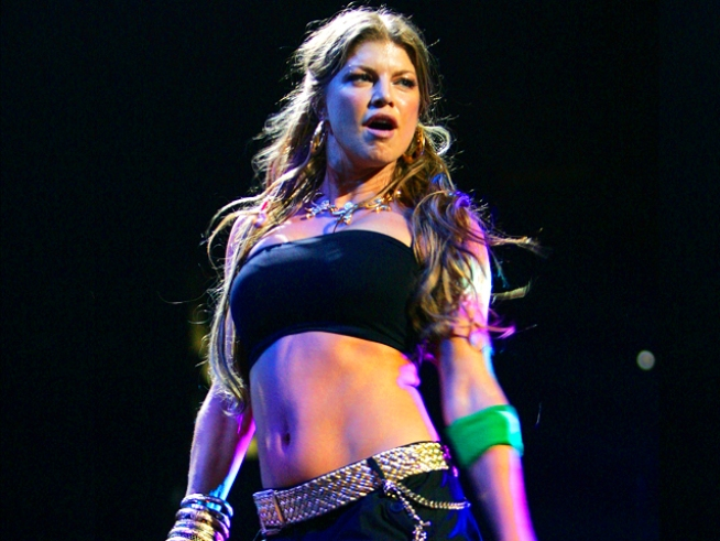 Fergie to Host New Year's Celebration With Dick Clark and Ryan Seacrest