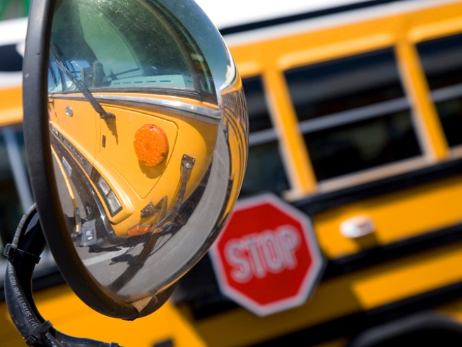 Why Your Child's School Bus Has No Seat Belts