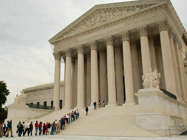 The Obama administration filed an amicus brief with the U.S. Supreme Court urging the court to invalidate Prop. 8 because it discriminates against same sex couples.