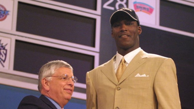 Warriors Finally Land Big Man in Kwame Brown
