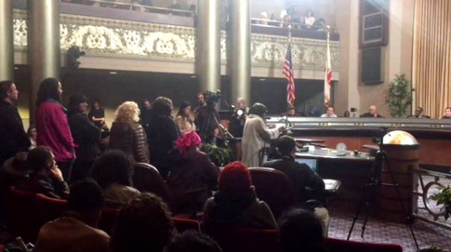 Oakland Brainstorms and Vents at Town Hall on Housing Crisis After Ghost Ship Fire