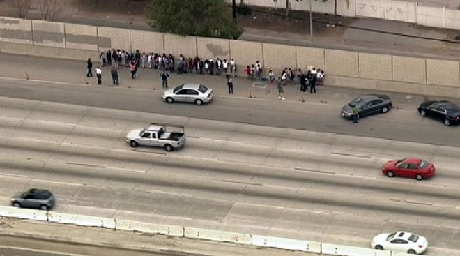 Children Evacuated From Bus Stalled on SoCal Freeway