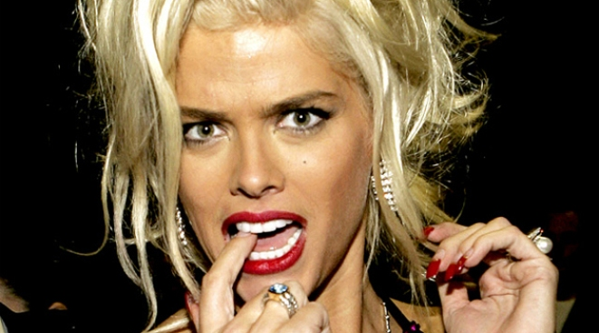 Anna Nicole Smith Lost Millions in Jewels, Clueless About Bankruptcy