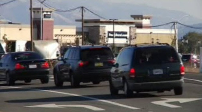Shoppers Snarl East Bay Commuters