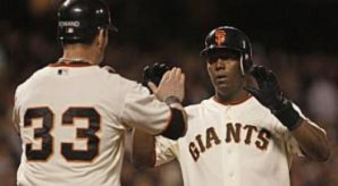 Giants Rebound with Late Homers