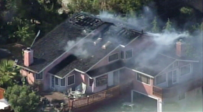 Fire Spreads to Two San Jose Homes