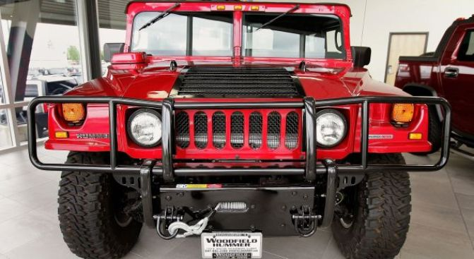 Bankrupt GM Sells Hummer to Chinese Firm