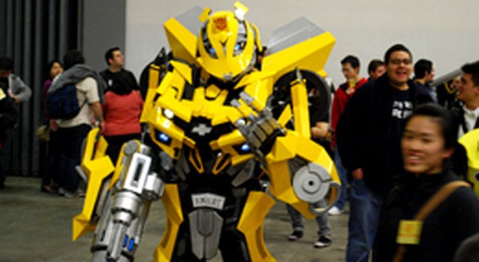 """George Lucas Gets His Hands on """"Transformers"""""""