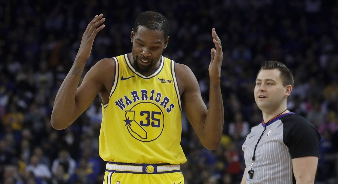 Kevin Durant Reflects on Warriors Experience While Changing Jersey Number