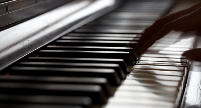 Prosecutor Asks Jury to Convict Pianist of Molesting Boys