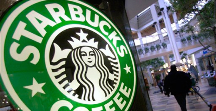 Court Reverses Starbucks' Tip-Sharing Ruling