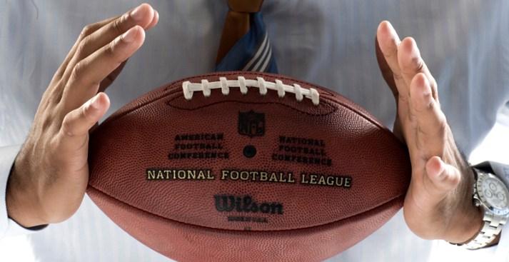 Yahoo Drops Fantasy Suit on NFL