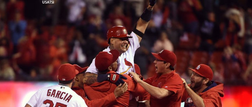 Wild Card Watch: Cards Top Reds on Molina's Disputed Double
