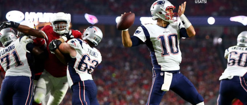 Garoppolo Wins First Patriots Start on Cardinals Missed FG