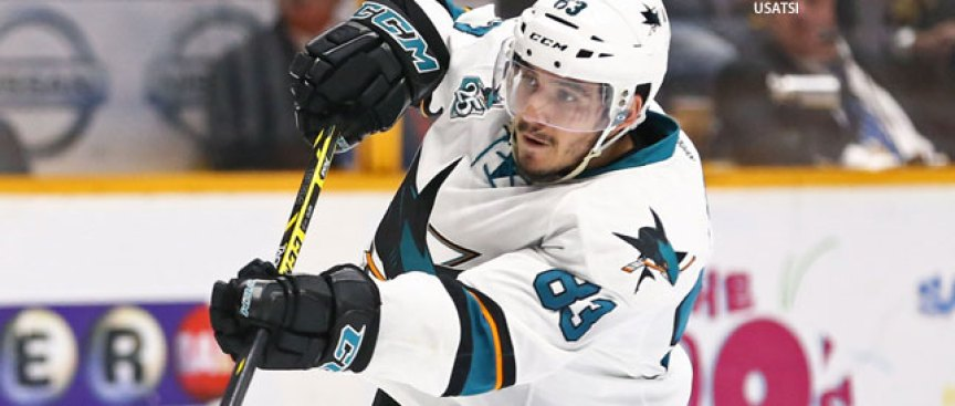 Nieto Stays With Sharks on One-year Deal