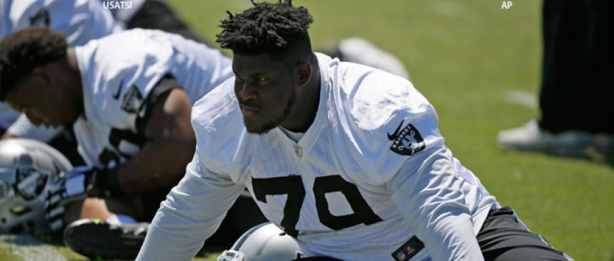 Raiders Promote Guard; Sign Linebacker to Practice Squad