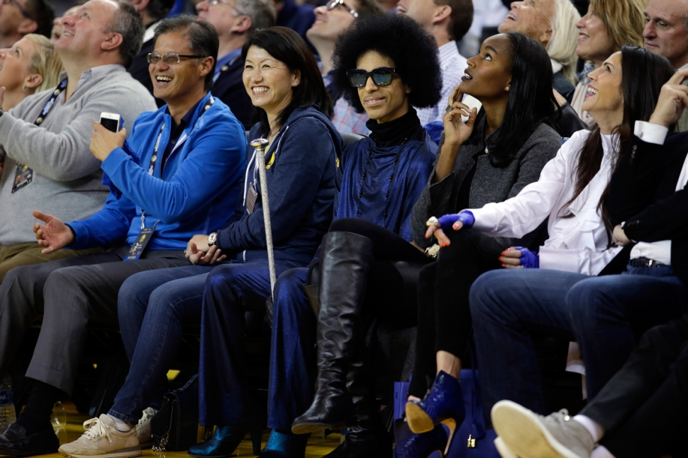 Prince Sits Courtside, Gets Standing Ovation at Golden State Warriors Game