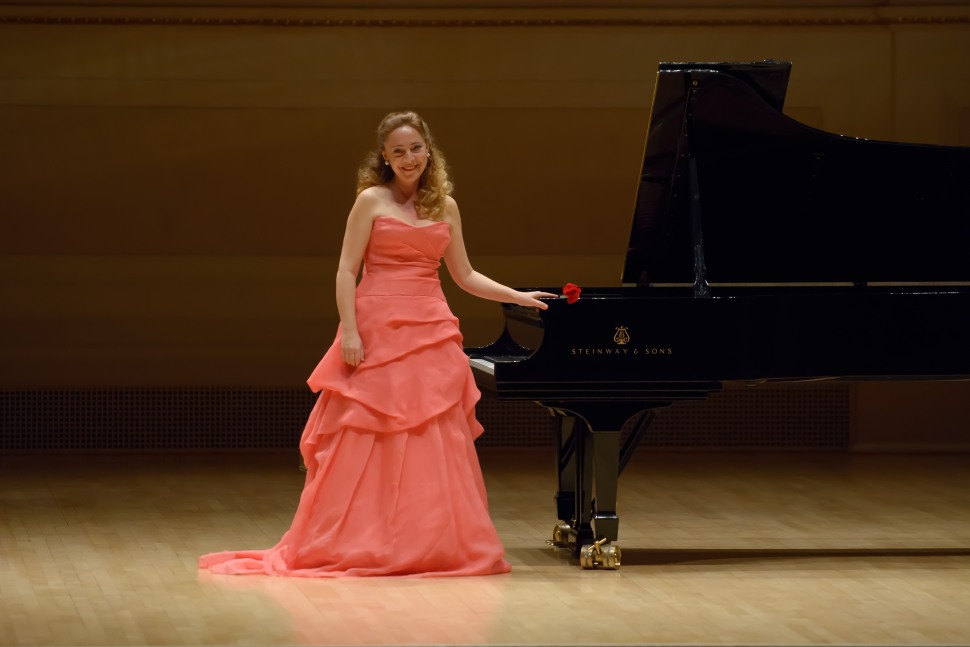 Katya Grineva, World Famous Pianist, Plays Free Concert in Lobby of San Jose's Good Samaritan Hospital