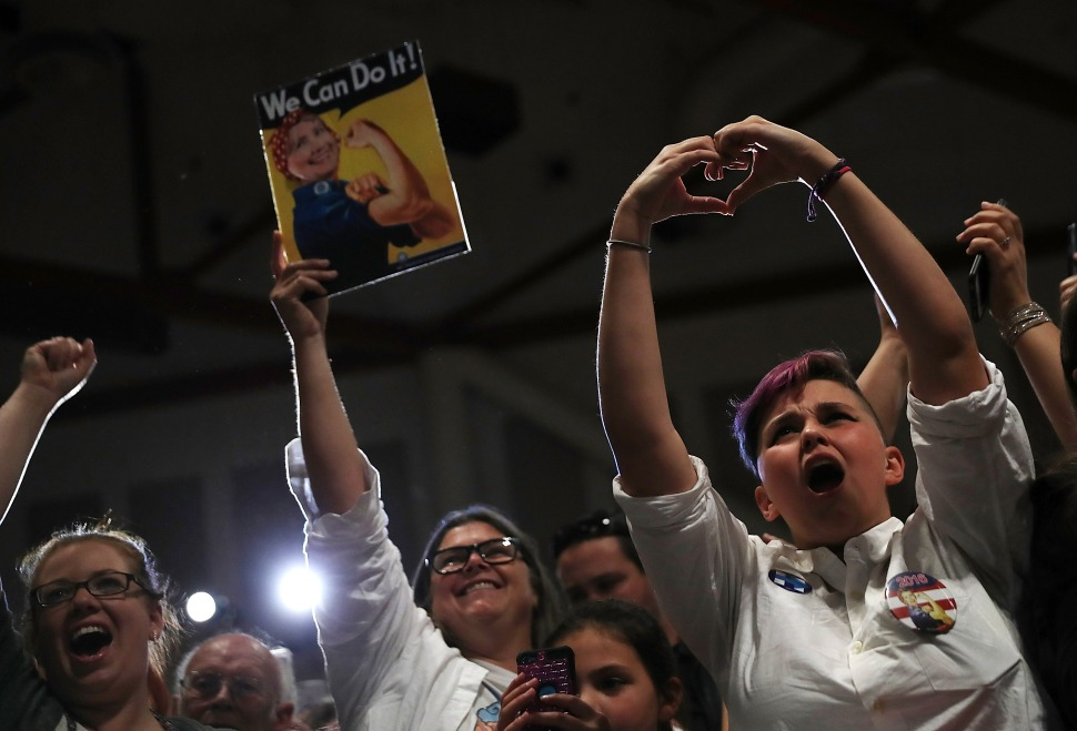 'We Don't Care About Her Emails': In Silicon Valley, Women Flock to Hear Clinton Talk About Their Rights