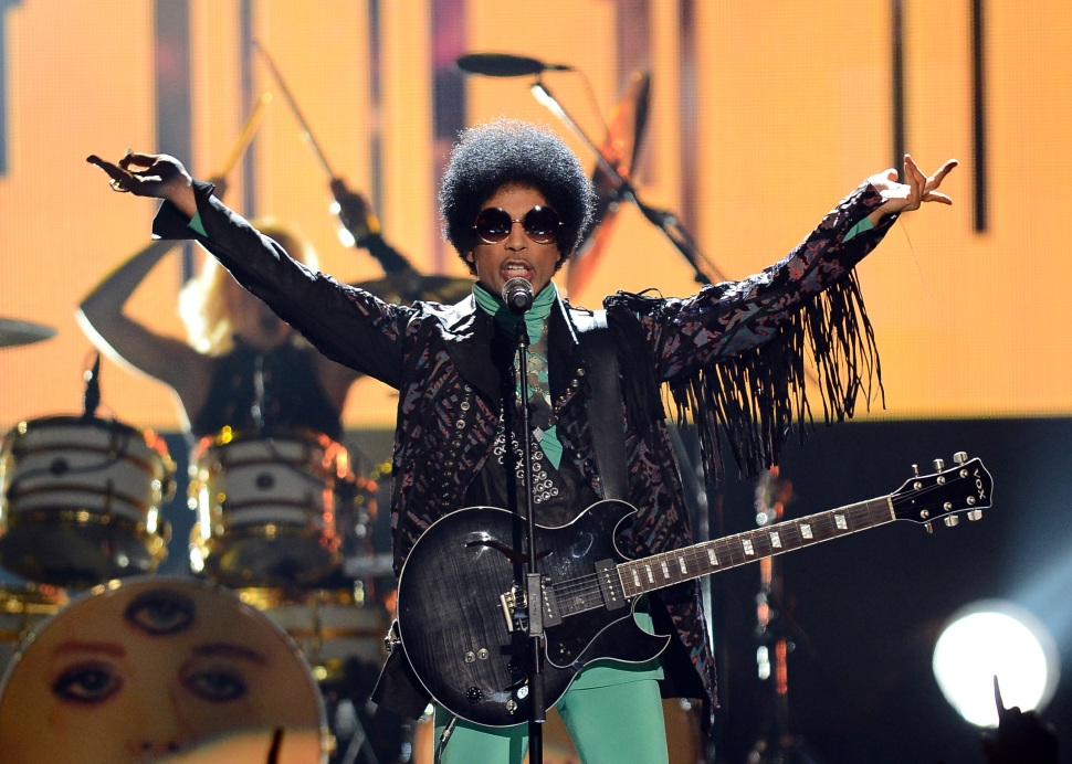 Prince Plays Oakland's Paramount Theatre This Weekend