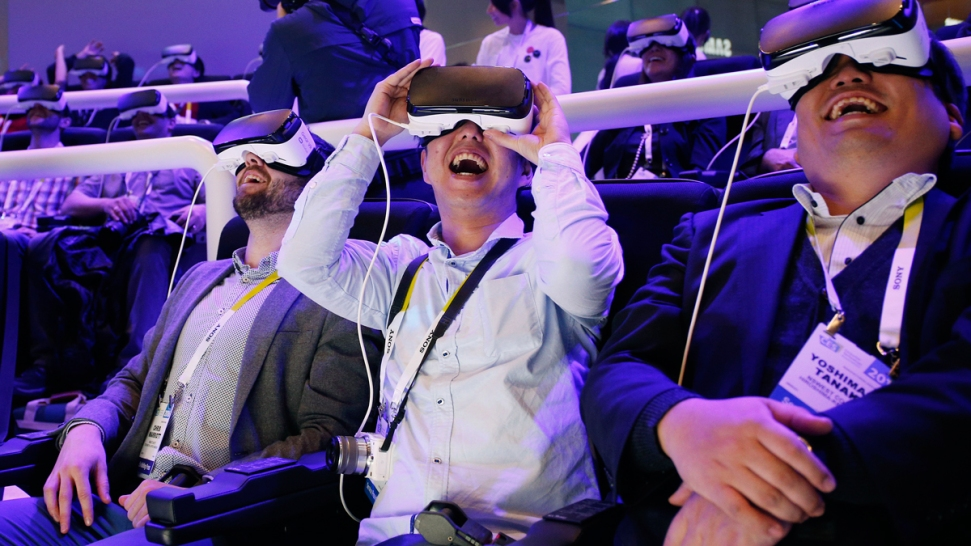 c493429e1131 CES 2016  Big Buzz Is About Virtual Reality - NBC Bay Area