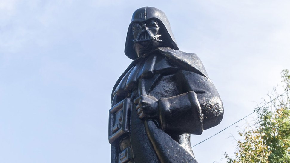 Burning Man Artist Transforms Lenin to Darth Vader in Ukraine