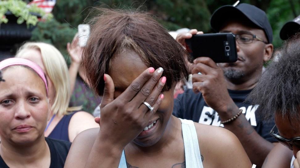 Facebook's Mark Zuckerberg Troubled by Philando Castile's Shooting, Captured on Facebook Live