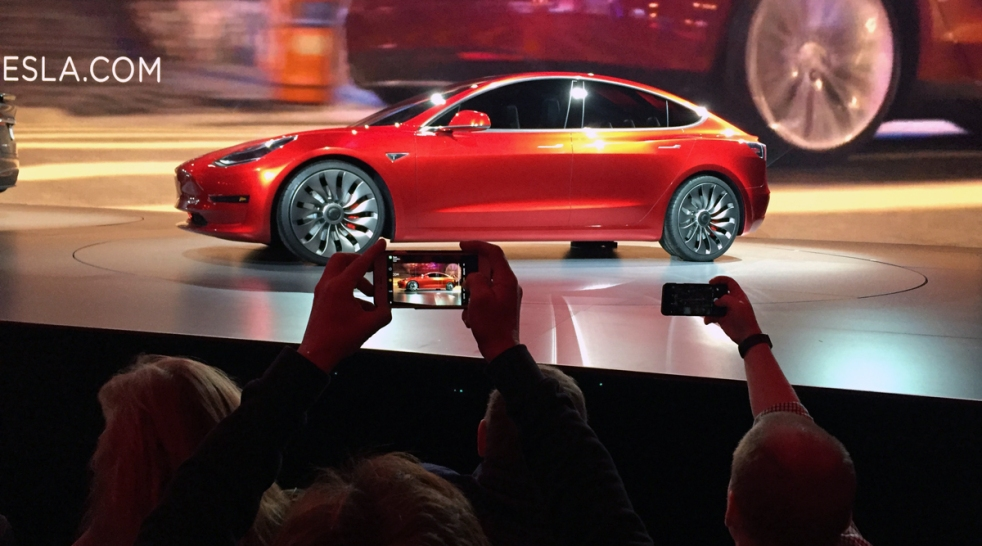 [LA GALLERY] Tesla Model 3 Unveiled
