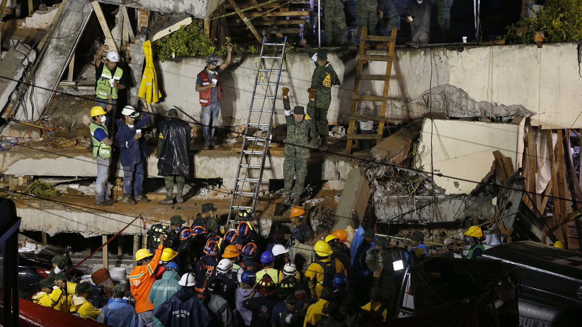 Searchers Look for Survivors in Mexico City