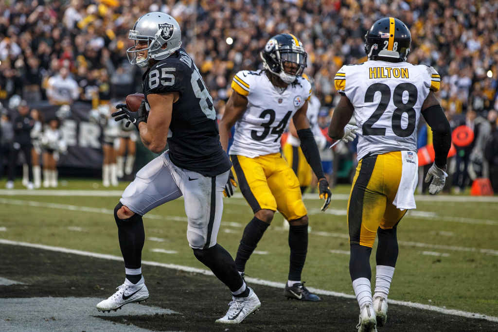 For One Game, Raiders' Carrier Has a Starring Role