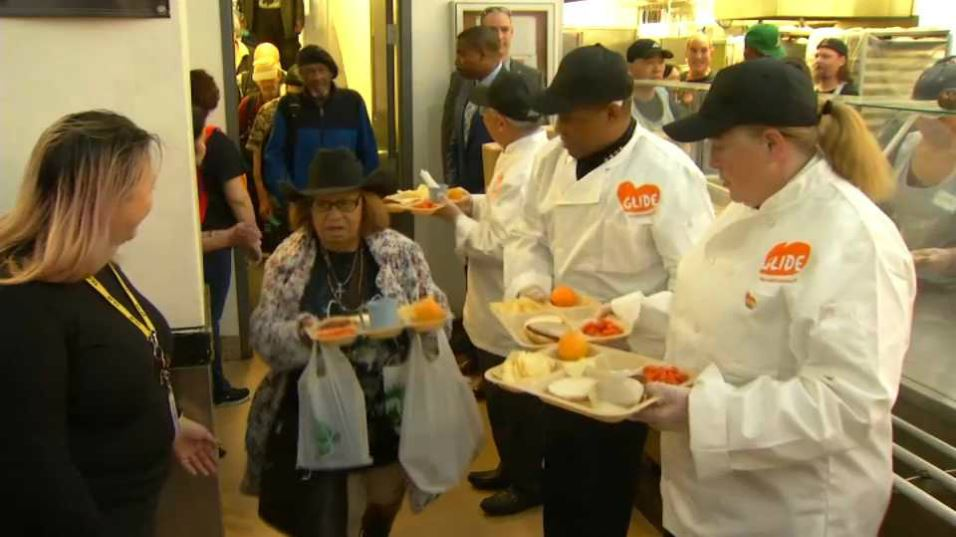 GLIDE Hand Outs Thousands of Thanksgiving Meals in SF