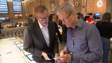 Apple to Boost Dividend 50 Percent